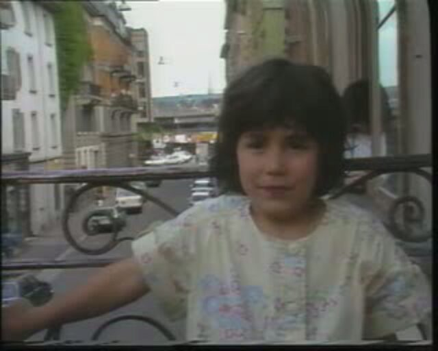 """""""Fluchtkanal"""", 1. Sendung vom 6. Juni 1988: """"Bruchpunkt Zürich"""" - Junifestwochen  und Wirklichkeit im Kreis 5"""
