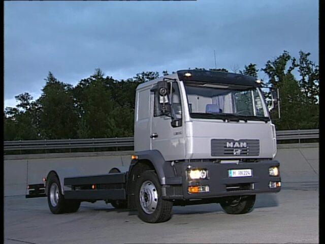 Entwicklungen im Autobus und Lastwagenbau